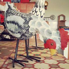 Galinha.  #artesanato #artesanatomineiro #decoração #galinhas #galinha #decoracao #artesanatoemmadeira #foradesérie #foradeserie