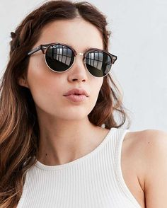 RayBan Clubmaster Round is the new trend #sunglasses #shades #fashion #streetstyle #bloggers #models #topmodels #gafas #gafasdesol #lunettesdesoleil #occhialidasole