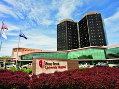 Stony Brook University Hospital ranked among 25 in NY State. Stony Brook University, Long Island, Places Ive Been, Skyscraper, Medicine, Multi Story Building, Colleges, World, Travel