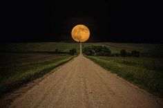 Road-To-Nowhere-Supermoon-Photo-By-Aaron-J-Groen