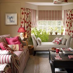Red and beige room, cozy Canadian cottage, Laura Ashley decor Cottage Living Rooms, Cottage Interiors, My Living Room, Home And Living, Living Room Decor, Salons Cottage, Beige Room, Front Rooms, Home And Deco
