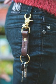 Make Smith Leather Goods - Wallets, Bags, Belts, Keychains and Accessoires — Leather Keychain - Brass