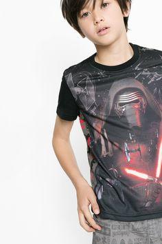 Camiseta de Kylo Ren de Star Wars Desigual. ¡Descubre la colección de niño más cañera!