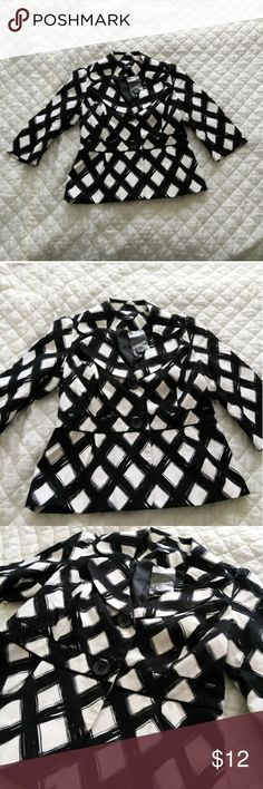 🎉3 for $10🎉 Black and white diamond print blazer Selling a size medium black and white diamond print blazer that looks like it was painted on broad brush strokes. There is a notched wide lapel. Very funky graphic piece. Brand new with tags. Offers welcome! Jackets & Coats Blazers