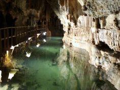 Living France in Languedoc Roussillon: Grotte de Limousis