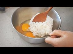 Egg fried rice::Korean style::a fantastic Healthy Gluten Free Recipes, Low Carb Recipes, Cooking Recipes, Rice Recipes, Asian Recipes, Kimchi Fried Rice, Fried Ice Cream, One Meal A Day, Korean Food