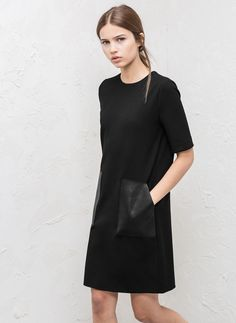 Vestido bolsillos piel - Vestidos y Faldas - COLECCIÓN - Uterqüe España