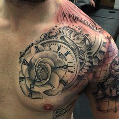 Asombrosos Y Originales Tatuajes De Relojes En El Hombro Tatuajes