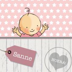 Geboortekaartje met sloophout en een hippe achtergrond met sterren, een lief meisje en roze label met de naam.