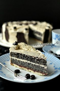 Poppy seed cake with ground coffee Polish Desserts, Polish Recipes, No Bake Desserts, Delicious Desserts, Dessert Recipes, Cake Recept, Croatian Recipes, Bakery Recipes, Occasion Cakes