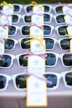 サングラスで★ <結婚式エスコートカード・席札>夏のハワイアンなものまとめ一覧♪
