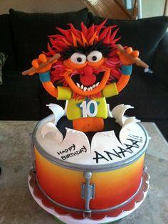via Cake Wrecks Sunday Sweets Crazy Cakes, Fancy Cakes, Cake Wrecks, Anniversaire Elmo, Fondant Cakes, Cupcake Cakes, Drum Cake, Gateaux Cake, Disney Cakes