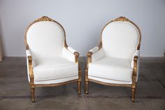 Sophia White Velvet Chair | Pretty Vintage Rentals