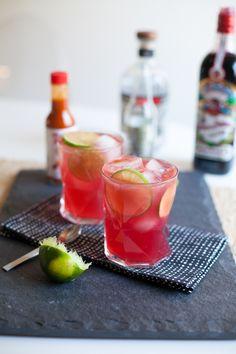 El Diablo - Tequila, Ginger beer, Creme de Cassis, Tapatio