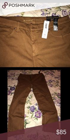 Chicos Slimming Ankle Tabacco. Size 1.5 Chico's Pants Ankle & Cropped