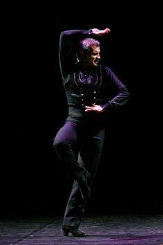 """-Tecnica e Coreografia -Classico espagnol e Flamenco -Le lezioni organizzate per livelli sono aperte a tutti gli """"aficionados"""" Sabato: 10.00/13.00 livello intermedio/avanzatoProssime dateSab"""