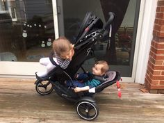 phil&teds dot Stroller Product Review + Giveaway