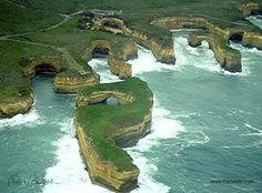 Flyabout along Australia's Shipwreck Coast, Victoria