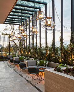 Bar Design Restaurant Lounge 28 is part of - Bar Design Restaurant Lounge 28 Design Hotel, Design Bar Restaurant, Decoration Restaurant, Deco Restaurant, Design Café, Restaurant Lounge, Lounge Design, Luxury Restaurant, Restaurant Lighting