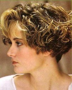 20 Best Short Curly Hairstyles 2014