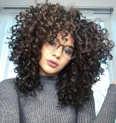 Curly balayage hair, curly hair tips, curly hair care, short curly Curly Balayage Hair, Curly Hair Tips, Curly Hair Care, Short Curly Hair, Curly Hair Styles, Natural Hair Styles, Big Hair, Hair Videos, Gorgeous Hair