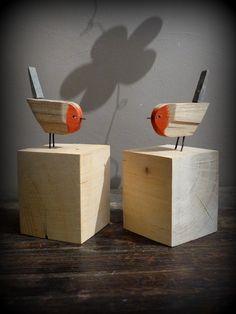 Wooden red robin ; rouges gorges en bois flotté
