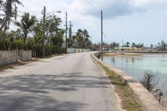 Queens Highway, Governors Harbour, Eleuthera, Bahamas