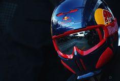 Red Bull F1 Pit Crew Lid.
