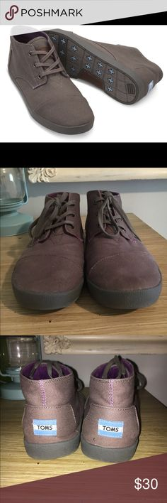 """Toms """"Paseos Mid"""" Gray Canvas Shoe - MENS A signature tuck-stitched toe box defines a sporty on-the-town sneaker shaped from durable canvas. Gently worn a handful of times. One of the shoe laces is starting to fray. Fits a men's 8.5. Toms Shoes"""