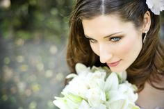 A stunning face shot of a lovely bride, from Carlos Salazar Photography. More here: http://snapknot.com/wedding-photographer/4558-Carlos-Salazar-Photography