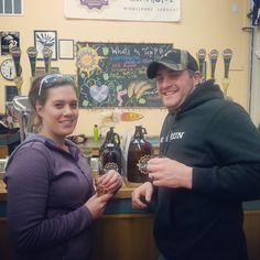 Vermontology Guided Tours customers enjoying Brewery and Spirits Tour! http://vermontology.com/vt-brewery-and-spirits-day-tour/ #vermont #newengland #brewerytour #brewery #beer #spirits #tours #guidedtours #vtvacation #vttours #travel #fun