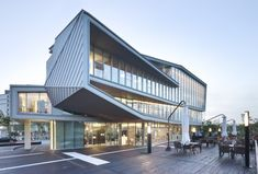 La-cubo in Korea;  designed by JUNGLIN Architecture;  photo by Namgoong Sun