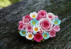 I know Ive pinned this but I pin again coz I love it Sculpey Clay, Polymer Clay Projects, Diy Clay, Clay Crafts, Polymer Clay Flowers, Polymer Clay Earrings, Jumping Clay, Biscuit, Clay Miniatures
