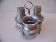 Hey, I found this really awesome Etsy listing at https://www.etsy.com/listing/191630374/vintage-aluminum-salt-and-pepper-shakers