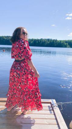 Look do dia Look, Shoulder Dress, Dresses, Fashion, Red Gown Dress, Block Prints, Vestidos, Moda, Fashion Styles
