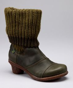 El Naturalista boots from Spain in green