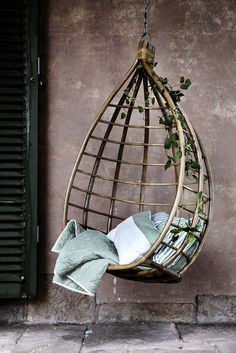 From basket - exotic lounge rattan hanging Chair
