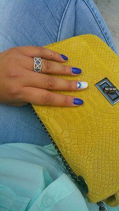 #Nails #nailsart #blulagon #cristal