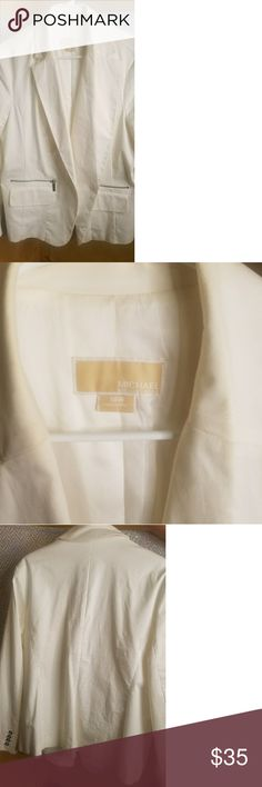 Micheal Kors White Blazer Micheal Kors White Blazer, 16W. Authentic. Used. Micheal Kors Jackets & Coats Blazers