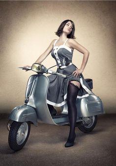 #Vespa #scooter #pinup                                                                                                                                                                                 Más
