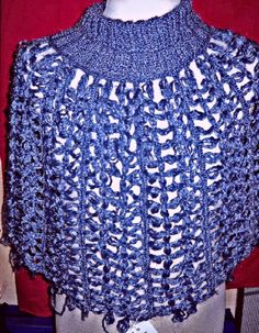 coprispalle in lana al telaietto