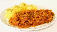Servieren kann man Bigos ganz gewöhnlich mit Brotscheiben oder Kartoffeln. Aufgefüllt wird das Ganze dann mit Fleisch- und Wurstresten die sich in den letzten Tagen angesammelt haben