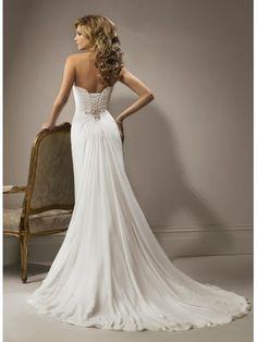 Une ligne-aimée robe de mariage en mousseline de soie