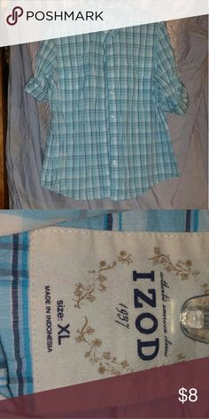 Button up blouse Great condition button up top Izod Tops Button Down Shirts