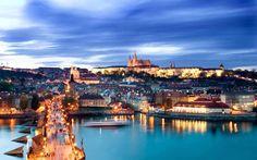 中世へタイムスリップしてしまいそうなロマンチックな街並「プラハ歴史地区」