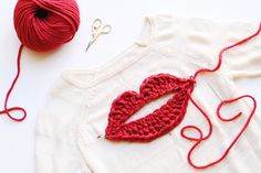 Happy Valentine's Day!!! I hope you are feeling so loved today. I love finding inspiration from fashion collections each season. I recently found the Sonia by Sonia Rykiel Spring 2016 collection and fell in love with this lip sweater. This week I decided to try my hand atmaking my own croc