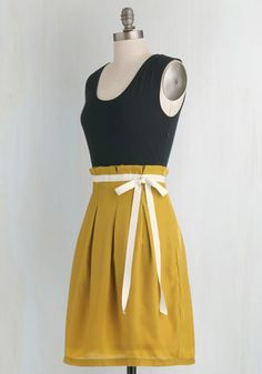 Scenic Road Trip Dress in Navy and Gold | Mod Retro Vintage Dresses | ModCloth.com