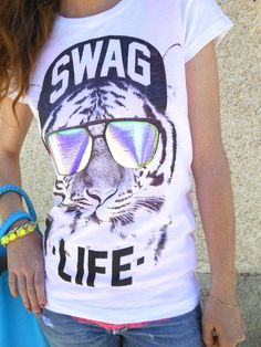 Bazaretto for Tee Trend #bazaretto #graphictees #teetrend #swag #swaglife #hologram