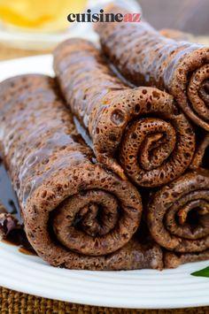 Une pâtes à crêpes au chocolat facile à préparer pour un goûter. #recette#cuisine#patesacrepes #chocolat#patisserie #chandeleur #crepes #crepe Cacao, Scones, Sausage, Pancakes, Cookies, Meat, Desserts, Food, Chocolate Pancakes