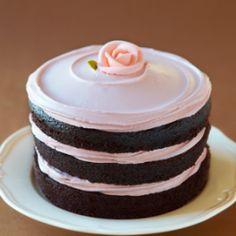 strawberry tomboy cake by miette